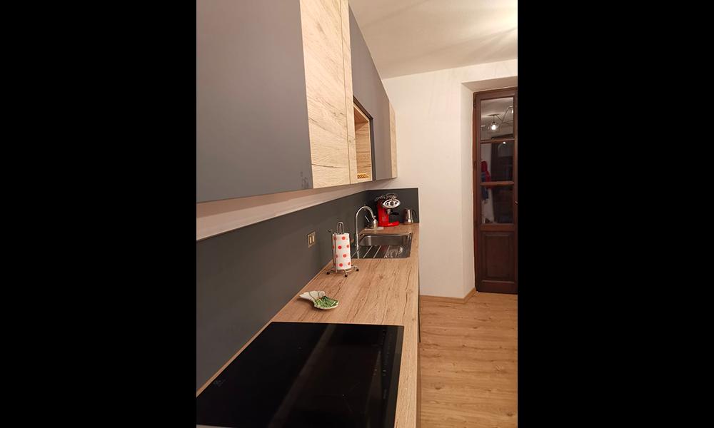 Cucina wood and black